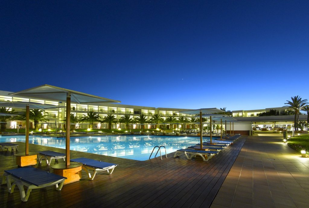Grand Palladium Palace Ibiza Alberca
